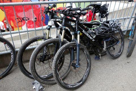 Drei Bikes - Mama, Papa und Sohn
