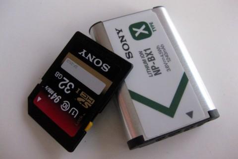 Akku und Speicherkarte