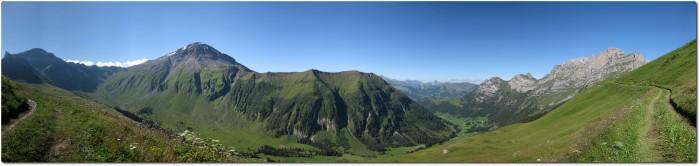 Panorama mit Albristhorn und Färmeltal