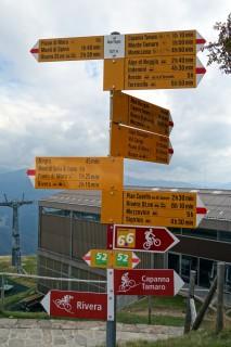 Alpe Foppa - Wegweiser