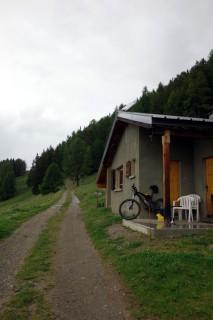 Regenhalt auf der Alp Prabé