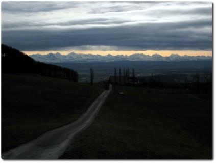 Noch mehr Alpenpanorama unter der Wolkendecke