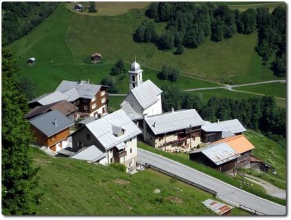 Blick runter nach Sogn Andriu