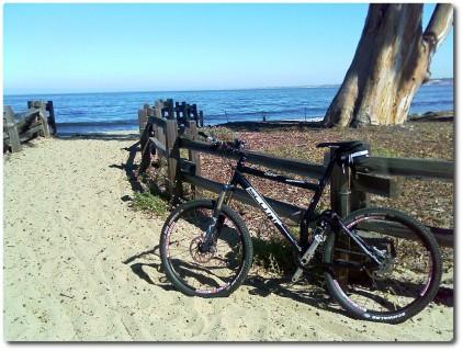 Arbeitsweg entlang des Strandes