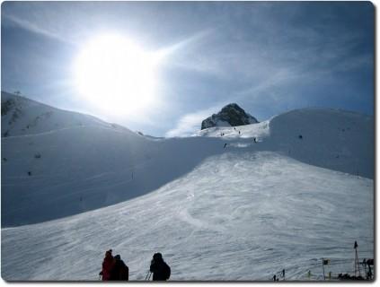 Adelboden Skigebiet - Ein sonniger Tag