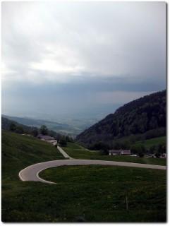 Strassendownhill runter vom Balmberg
