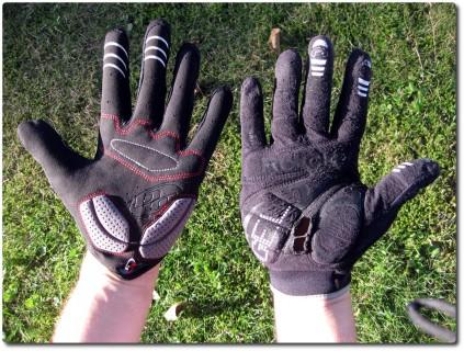 MTB Handschuhe Alt und Neu - Innen