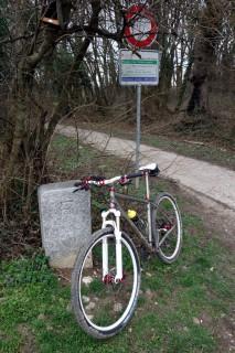 Grenzstein 447 bei St-Julien-en-Genevois
