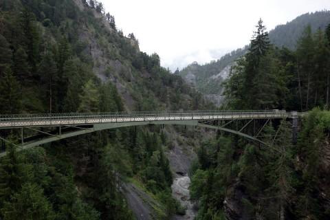 Alte Brücke über das Versamer Tobel