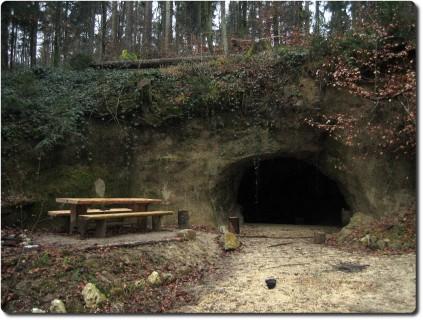 Räuberhöhle bei Buechhof