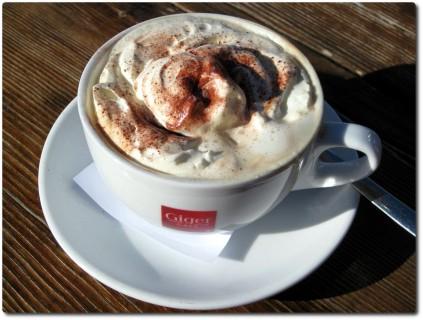 Café Melange und andere Getränke