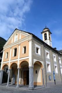 Kirche Brione sopra Minusio
