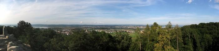 Panorama vom Turm der Ruine Chastel