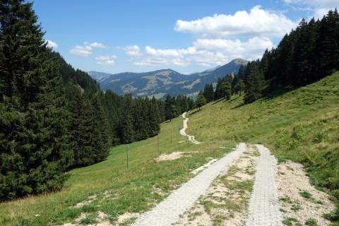 Steiler Weg bei Chesalette