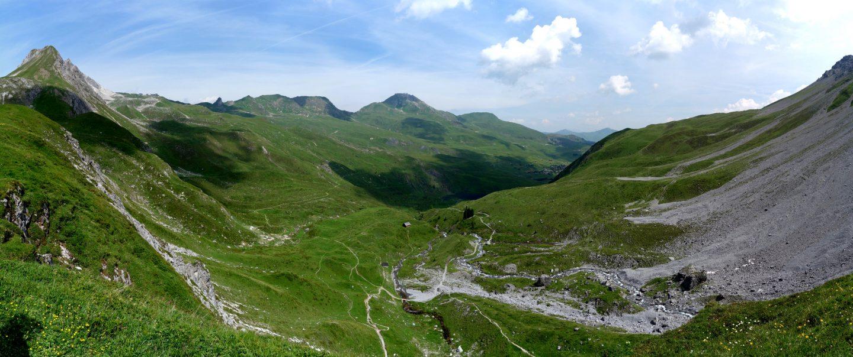 Blick auf die Aroser Alp von Chlus