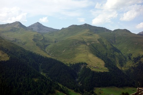 Blick auf die Abfahrt vom Chörbschhorn zur Stafelalp