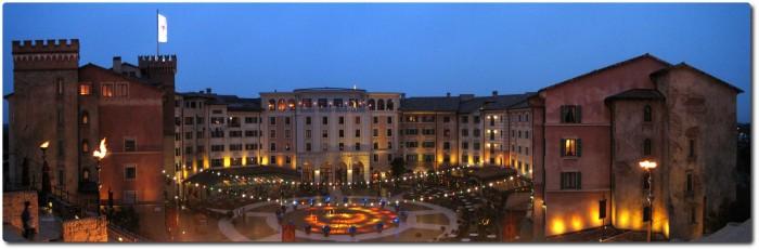 Europa Park - Hotel Colosseo - Nächtlicher Blick auf die Piazza
