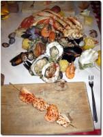 Crab Pot direkt auf den Tisch geschüttet!