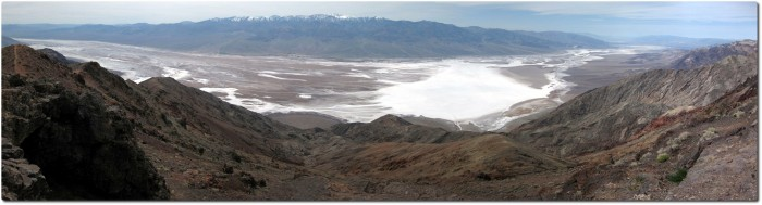 Panorama von Dantes View mit Blick auf das Badwater Bassin