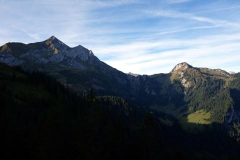 Blick zum Dreispitz, Renggpass und Wätterlatte