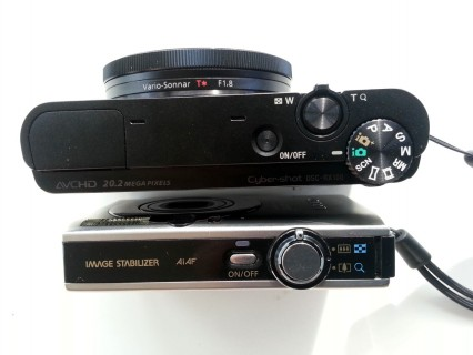 Sony DSC-RC100 versus Canon IXUS 85