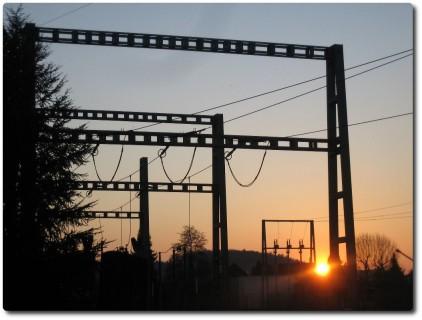 Sonnenuntergang bei Trafostation