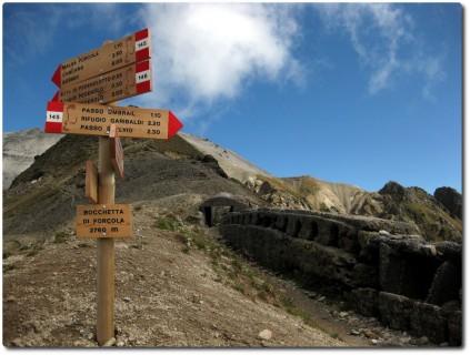 Btta di Forcola und alte Fortifikationen auf 2768m
