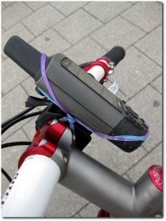 Improvisierte Lenkerbefestigung des Garmin GPSmap 60CSx