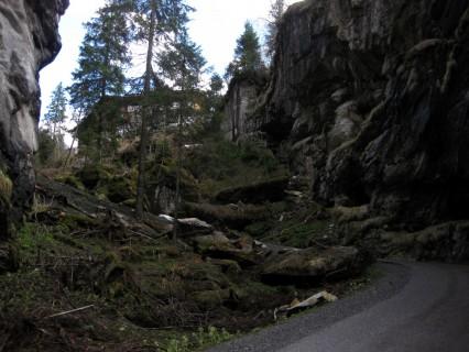 Griesalp - Strasse durch die Schlucht