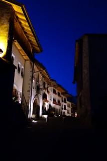 Gruyère bei Nacht