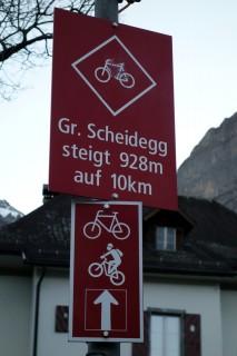 Happiger Aufstieg zur Grossen Scheidegg