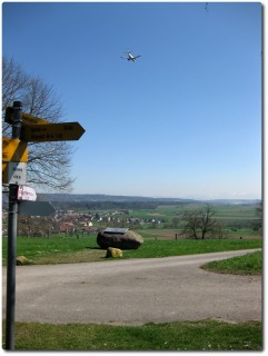 Blick zum Flughafen - Brätliplatz Höri