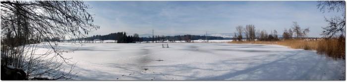 Panorama vom gefrorenen Inkwilersee