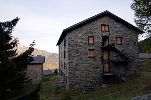 Minen La Méreune - Gebäude