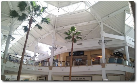 Valencia Mall Shopping Center