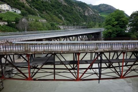 Alte und neue Brücken in Leuk