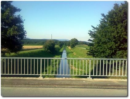 Die Kantonsgrenze SO - BE - Der Limpbach