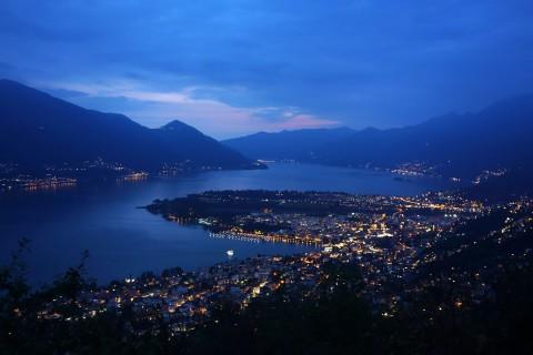 Blick auf den Lago Maggiore - Nacht