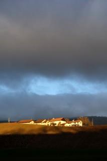 Weiler Malval im Sonnenlicht