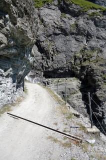 Felsenweg am rechten Mauvoisin - Ufer