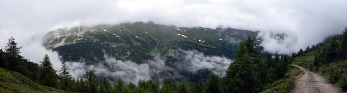 Panorama ins Nanztal