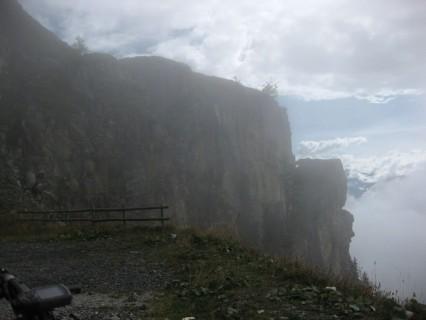 Aufstieg zum Col du Sanetsch - Nebelgrenze