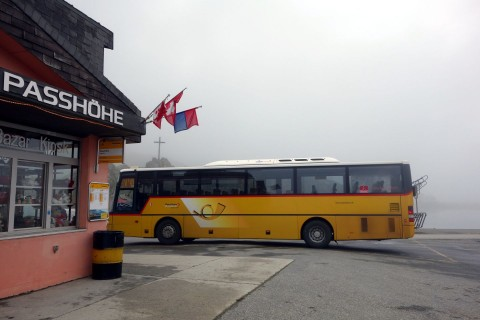 Nufenenpass - Postauto