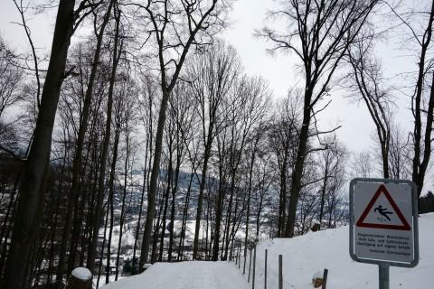 Rutschige Fahrt runter von Rüti nach Deisswil