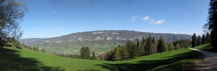 Panorama vom Oberdörferberg auf den Mont Raimeux