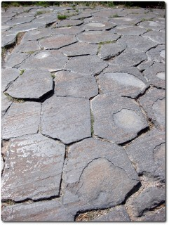Devils Postpile Basaltsäulen - durch Gletscher abgeschliffen