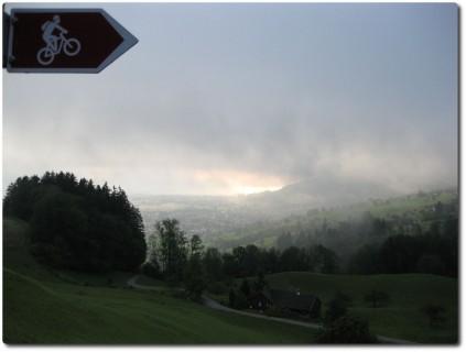 Ausblick auf das Rheintal am Vorabend - Gutes Omen