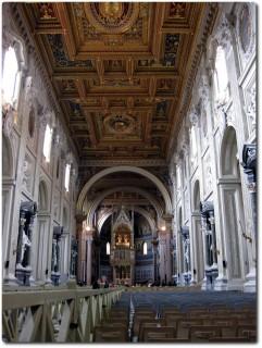 Innenraum Basilica di San Giovanni in Laterano