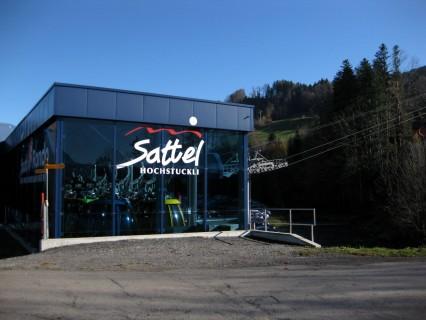 Talstation Bahn Sattel - Hochstuckli