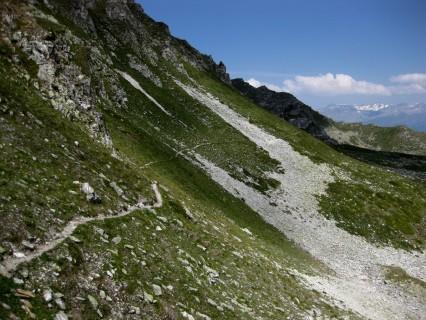 Schiebepassage über Geröllfelder  zum Col de Cou